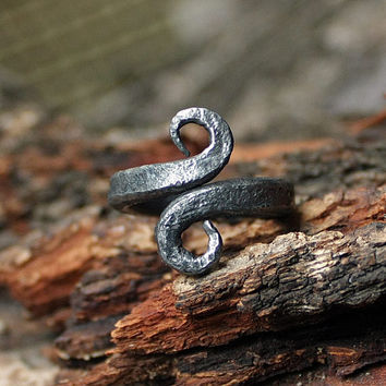 Forged Iron Vikings Symbol Infinity Amulet Nordic Ring