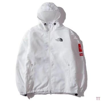 Supreme X The North Face Mountain Parka Metallic White Size M L XL XXL