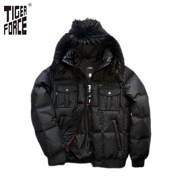 TIGER FORCE 2016 New Men Fashion Down Jacket 70% White Duck Down Winter Down Jacket Coat Fox Fur Collar Free Shipping D-332F