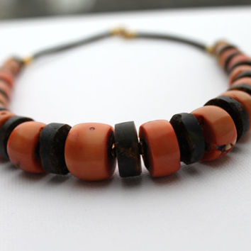 Himalayan Necklace Black Amber Coral Jewelry Ancient Natural Gemstone Tibetan Style Statement Retro Necklace Pink Salmon Luxury Gift For Her