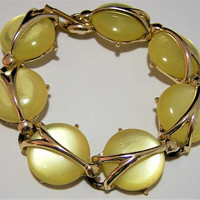 Lemon Yellow Lucite Moonglow Bracelet, Mid Century Moon Glow Bracelet, Gold Tone, Fold Over Clasp, Vintage Jewelry, Costume Jewellery 517