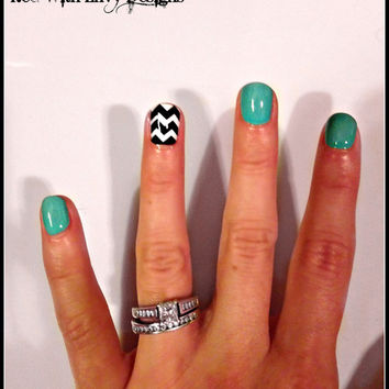 Chevron Inspired Vinyl Nail Decals- Set of 20