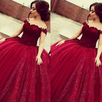 Burgundy Prom Dresses 2017 Boat Neck Off the Shoulder Lace Ball Gown Puffy Prom Dresses Saudi Arabic Luxury Style Party Gowns