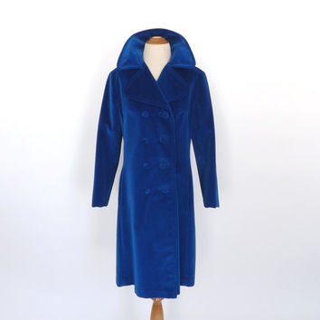 Vintage 1960s Blue Velvet Swing Coat Sport Ease Fashions TRENCH COAT Pimp JACKET Outerwear Winter Jacket Boho 70s Disco Glam Formal Jacket