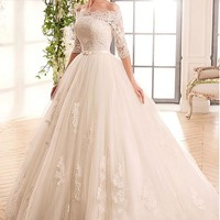 [188.99] Marvelous Tulle & Satin Off-the-shoulder Neckline Ball Gown Wedding Dresses With Lace Appliques - dressilyme.com