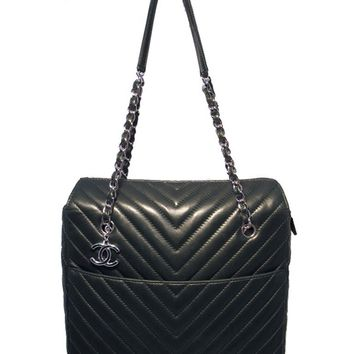Rare Chanel Quilted Green Lambskin Shoulder Shopping Tote