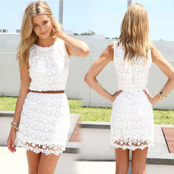Scoop Bodycon Sleeveless Hollow Out Sexy Bodycon Lace Dress