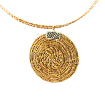 Handmade Eco Friendly Capim Dourado Golden Grass Medallion Necklace, Brazil, Jewelry, Fashion Jewelry, Vegetal Gold, Brazilian Straw