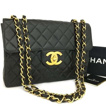 CHANEL Jumbo 30 Quilted Matelasse Lambskin w/Chain Shoulder Bag /k132