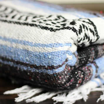 Southwestern Cozy Cotten Blanket Throw Serape Oversized Blanket Scarf Bohemian Home Decor Ethnic Striped Yoga Mat Throw