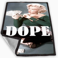 Marylin Monroe dope Blanket for Kids Blanket, Fleece Blanket Cute and Awesome Blanket for your bedding, Blanket fleece **