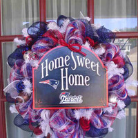 New England Patriots NFL Fan Deco Mesh Door Wreath