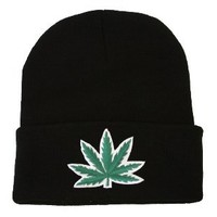 Beanie - Marijuana Leaf: Clothing
