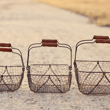Set of 3 Rustic Vintage-Style Wire Baskets, Rectangular w/ Wooden Handles, Wedding Food Display, Shabby Chic Barn Wedding