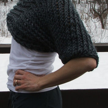 Cropped Knit and Crochet Gray Sweater. Size Small.
