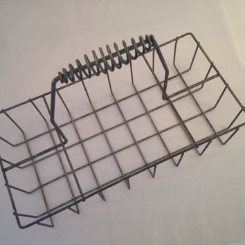 Vintage Metal Wire Basket / Metal Hand Basket / Antique Milk Crate / Oil Can Carrier / Industrial Storage