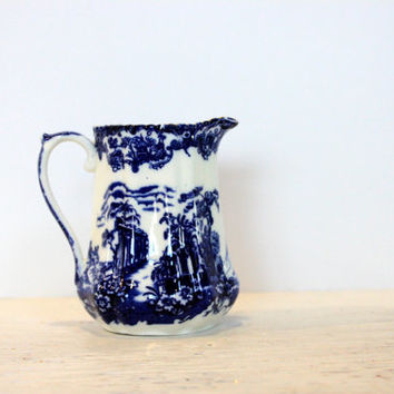 victorian era flow blue creamer // cobalt blue and white // gold trim // antique service // vintage porcelain pitcher