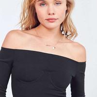 Silence + Noise Décolletage Off-The-Shoulder Top | Urban Outfitters
