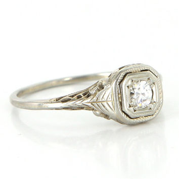 Antique Art  Deco 18 Karat White Gold Diamond Filigree Engagement Right Hand Ring Fine Vintage Estate Jewelry