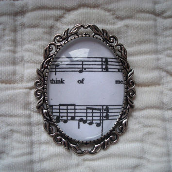 Phantom of the Opera sheet music brooch (Think of Me)