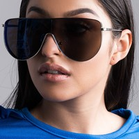 AKIRA Label Metallic Frame UV400 Tinted Lens Curved Arms in Blue, Gold