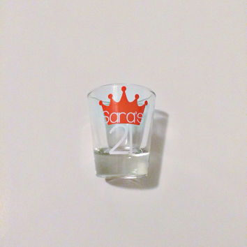 Crown Shot Glass, 21st Shot Glass, 21st birthday gift, Custom Shot Glass, Personalized Shot Glass, Shot Glass, 21st Birthday Gift, Crown