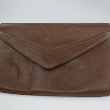 Vintage clutch - Vintage Vinyl - Leather Clutch - Circa 1970 - Vintage Purse - Vintage Bag - Gift for her - Mom Gift - 40th Birthday