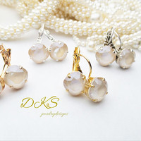 Ivory Cream, Swarovski Bridal Earrings, 10mm, Square Cushion Cut, Choose your Finish. DKSJewelrydesigns, FREE SHIPPING