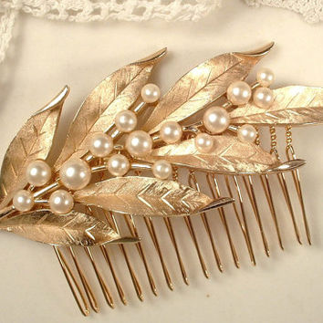 True Vintage TRIFARI Signed Ivory Pearl Brushed Gold Leaf Bridal Hair Comb - 22K Gold Heirloom Large Floral Spray Brooch to Haircomb OOAK