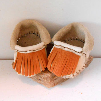 Baby Moccasins, Fringe Leather Infant Booties, 0-3 Months, Native American, Mountain Man, Hippie, Boho, Powwow, Rendezvous, Earthing Shoes