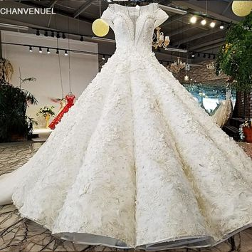 LS09423 2018 Luxury wedding dress o-neck  cap sleeves ball gown lace up  ivory  bridal wedding gowns with long train as photos