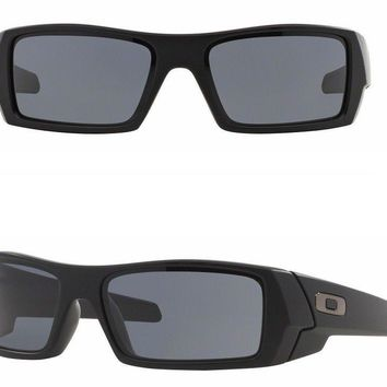 NEW AUTHENTIC Oakley Gascan sunglasses Matte Black Grey gas can 03-473 rectangle