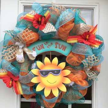 Summer deco mesh wreath, fun in the sun mesh wreath, hibiscus wreath, front door wreath, summer mesh wreath, spring mesh wreath
