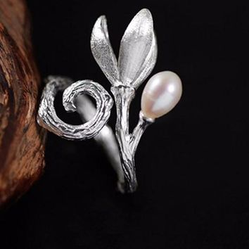 Silver Freshwater Pearl Magnolia Flower Design Ring