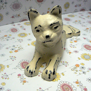 Cat Door Stop Cast Iron Shabby Chic Creamy Off White Ecru Distressed Kitty Kitten Doorstop Prop Animal Feline
