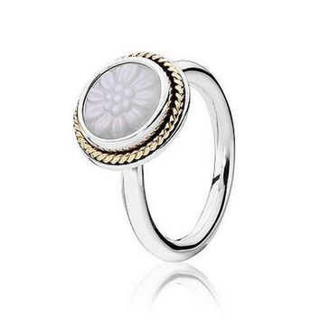 PANDORA Two-Tone Mother of Pearl Daisy Signet Ring