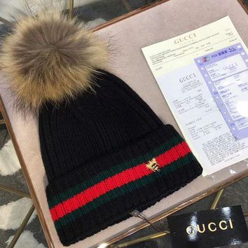 DCCKNQ2 GUCCI Fashion Bee Embroidery Beanies Knit Winter Hat Cap5