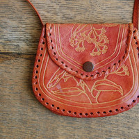vintage leather purse / tooled leather / RED WINGED