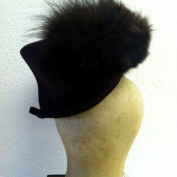 SALE Vintage 1940s Hat Brown Wool Hat with Mink Accent Evelynvaron Model Bow 40s