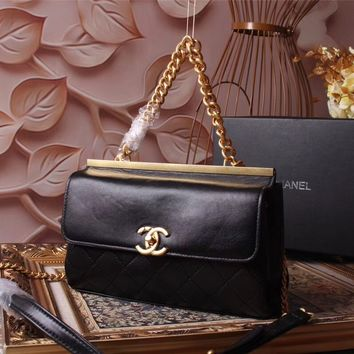 CHANEL WOMEN'S 2018 NEW STYLE LEATHER INCLINED CHAIN SHOULDER BAG