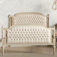 Elegant Vintage Off White Bed with Tufted Details