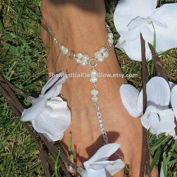 PAIR Freshwater Pearl Barefoot Sandals, Ivory Pearl, Wedding Barefoot Sandals, Beach Wedding, Bridal, Pearl Wedding Jewelry, Bridal Anklet