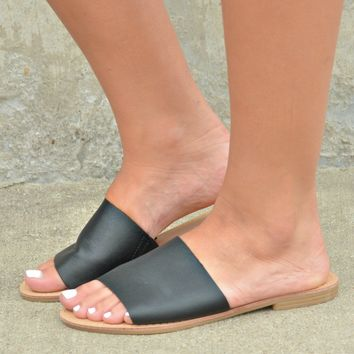 Rumor Has It Sandals - Black