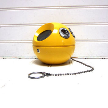 Vintage Radio Yellow Panasonic Panapet R 70 AM Transistor Radio