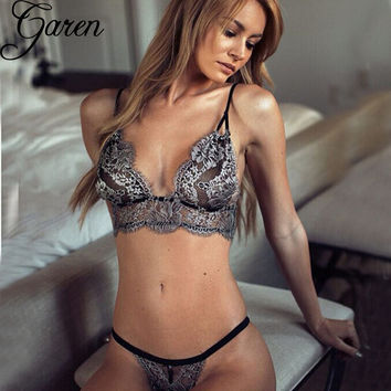 French high-end brand Sexy Vintage Women Bra Underwear Set temptation Lace Hollow Out Bottoming Brief Sets Intimates