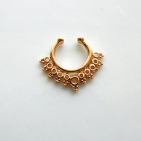 GOLD FAUX Septum Piercing : Festival Jewelry, Faux Jewelry, Body Piercings, Gold, Bohemian, Hippie