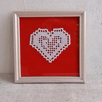 Framed white heart lace Crochet appliques shapes hearts Stunning design motif Beautiful crocheted gift idea Valentines day Christmas present