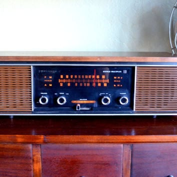 Vintage Panasonic Stereo, Model RE 7300A, FM-AM Stereo, Tabletop or Shelf Radio, Wood Case, 1970s, Tested and Works