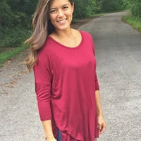 Basic Tee in Burgundy
