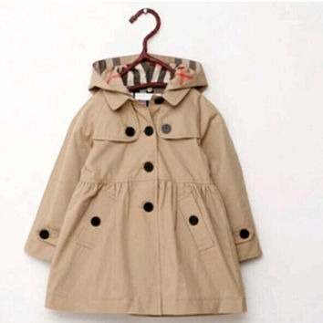 Lightweight trench coat with hood